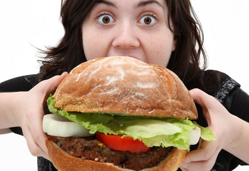 Сколько калорий нужно человеку в день